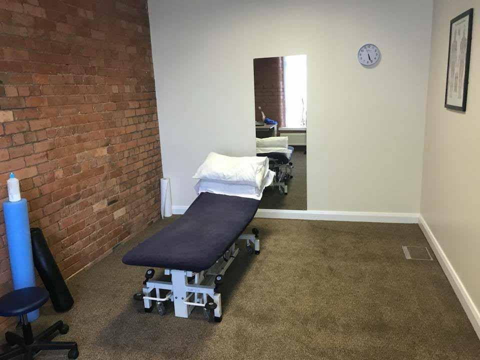 Belfast-Clinic-Treatment-Room